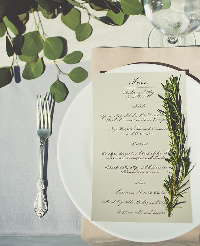 10 Reception Place Settings Ideas You\'ll Love -- See Them Here!