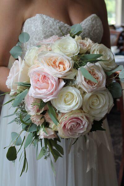 Heather Ebl, AIFD-Wedding Flowers