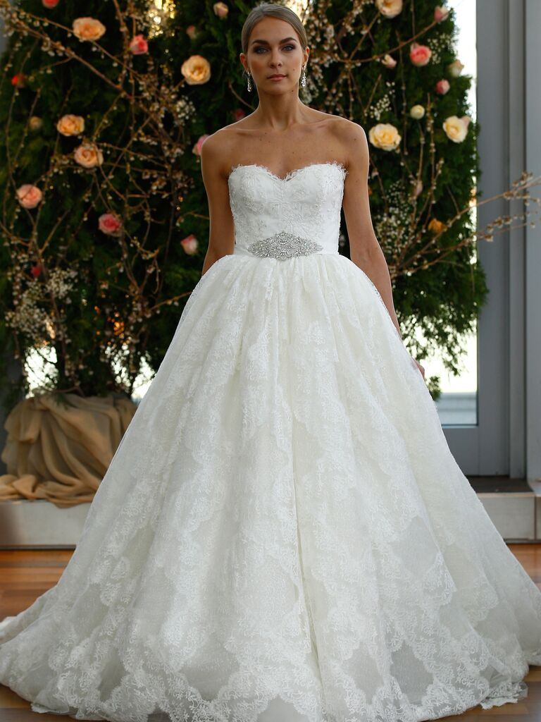 Isabelle Armstrong\'s Spring 2016 Wedding Dresses Are Timeless