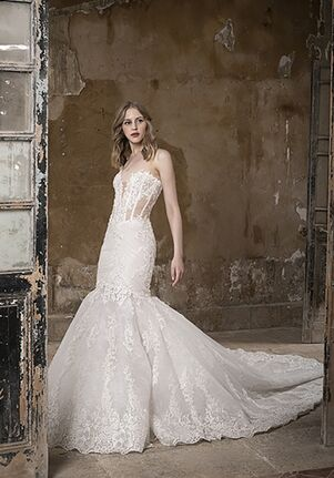 Tony Ward for Kleinfeld Sparkle Wedding Dress