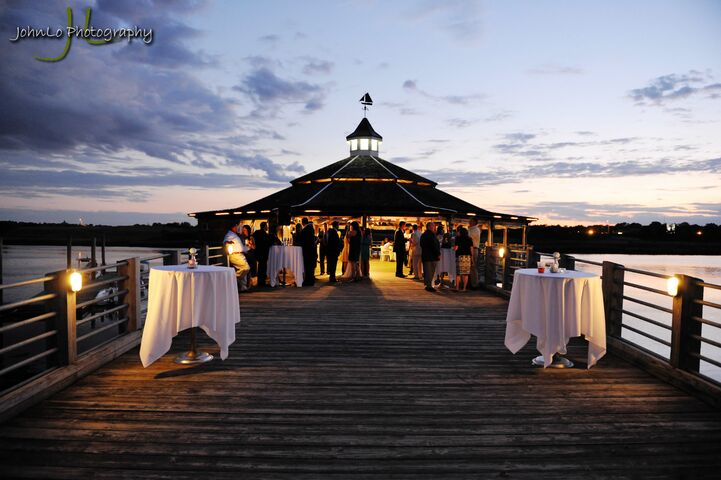 Best western adams inn quincy ma for Outdoor wedding venues ma
