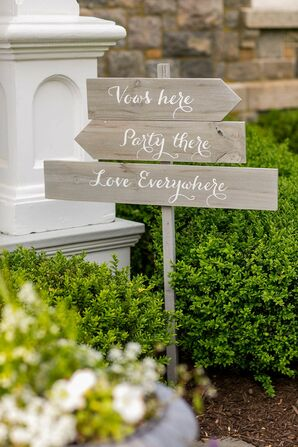Classic Wooden Wedding Signs with Calligraphy