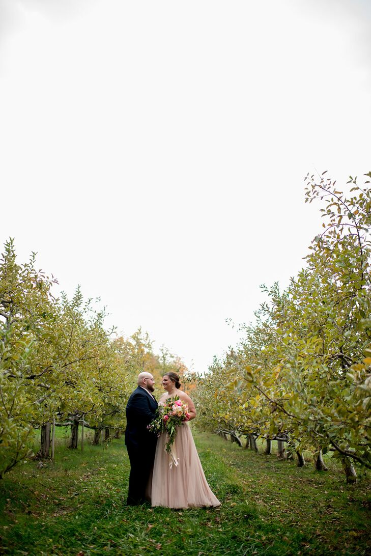 Couple at Mapleside Farms in Strongsville, Ohio