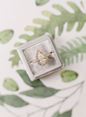 Gold Pear-Shaped Diamond Engagement Ring with Halo