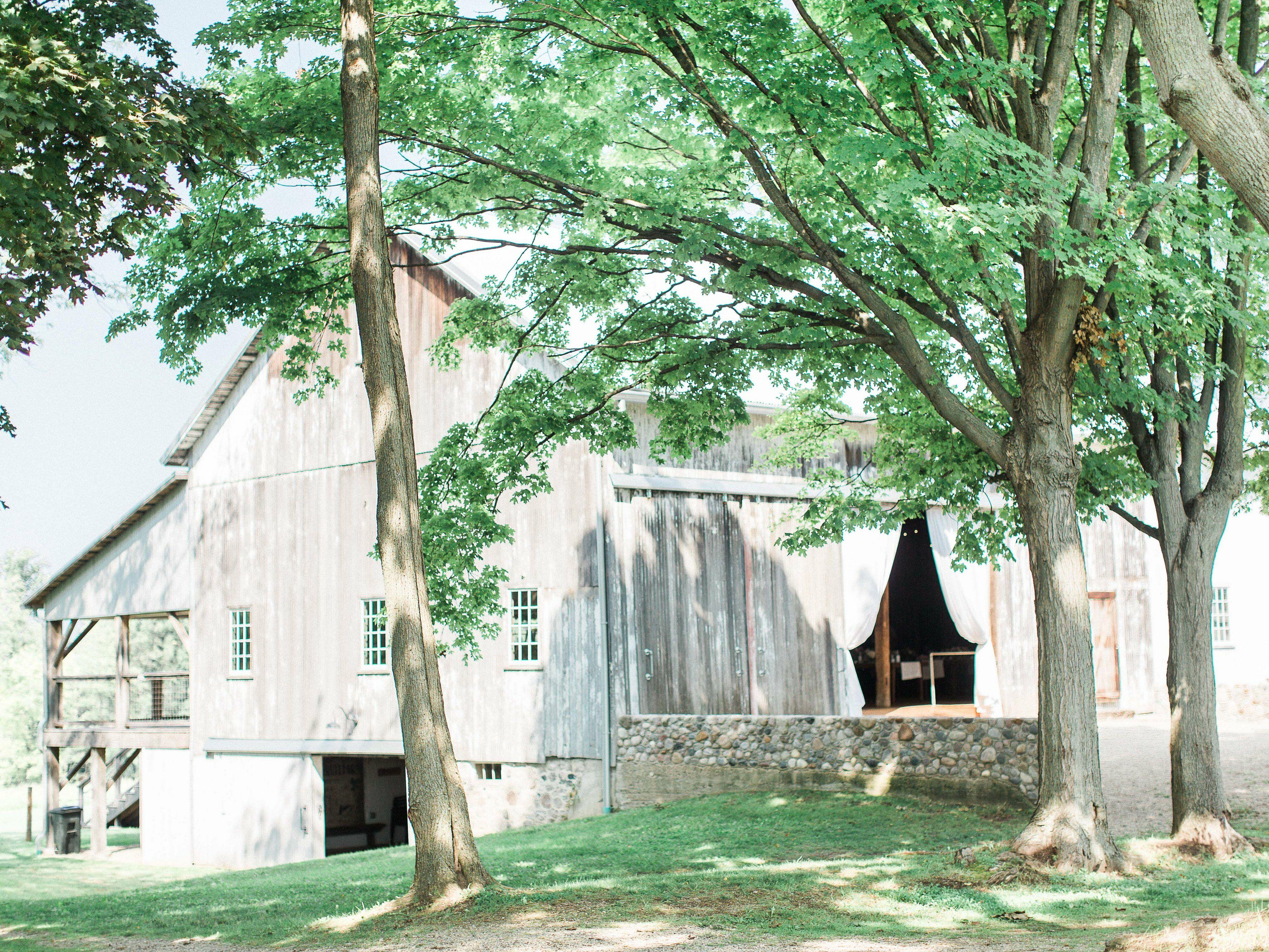 Hidden Vineyard Wedding Barn | Reception Venues - Berrien ...