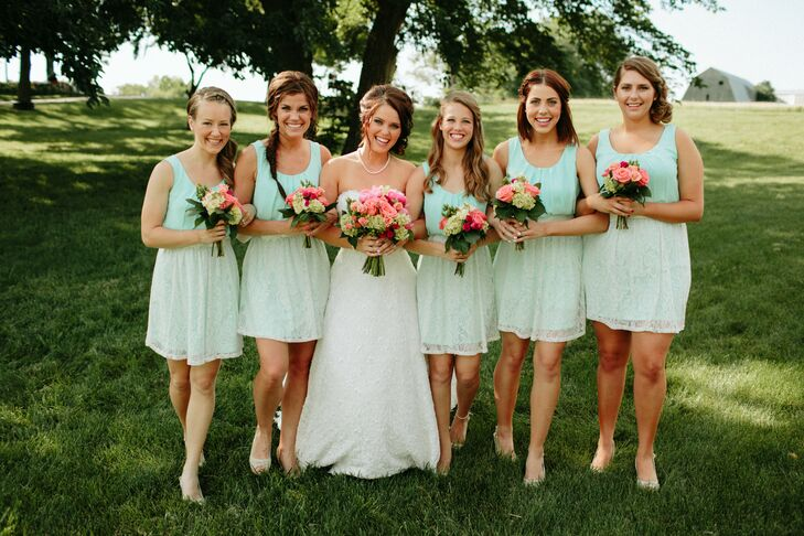 4002fc67b93 Mint Green Bridesmaid Dresses