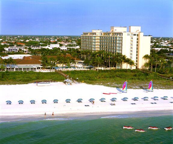 Beach Island: Hilton Marco Island Beach Resort And Spa