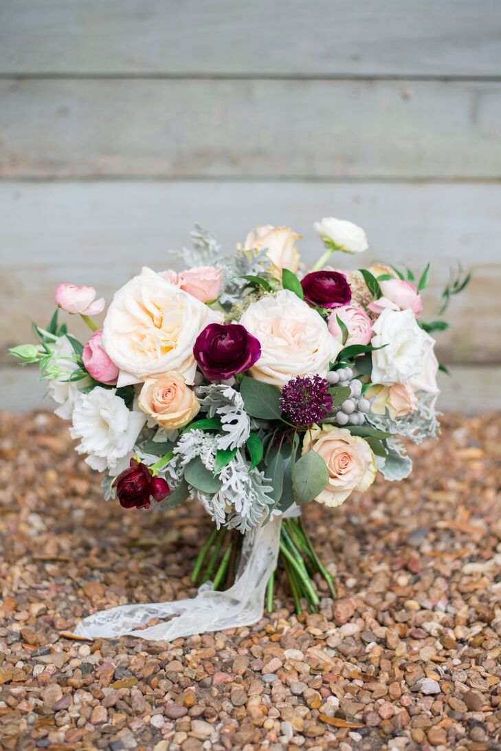 Romantic Lace-Wrapped Garden Rose Bouquet