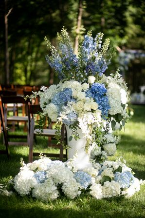 Elegant Flower Arrangements with Blue and White Hydrangeas