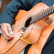 Houston, TX Latin Acoustic Guitar | Texas Guitar Player