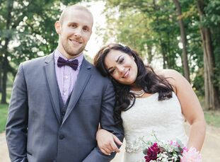 Nicole Andreu (29 and works in client services) and Louis Worth (29 and a mechanical engineer) met at a CrossFit gym in Los Angeles, California. They