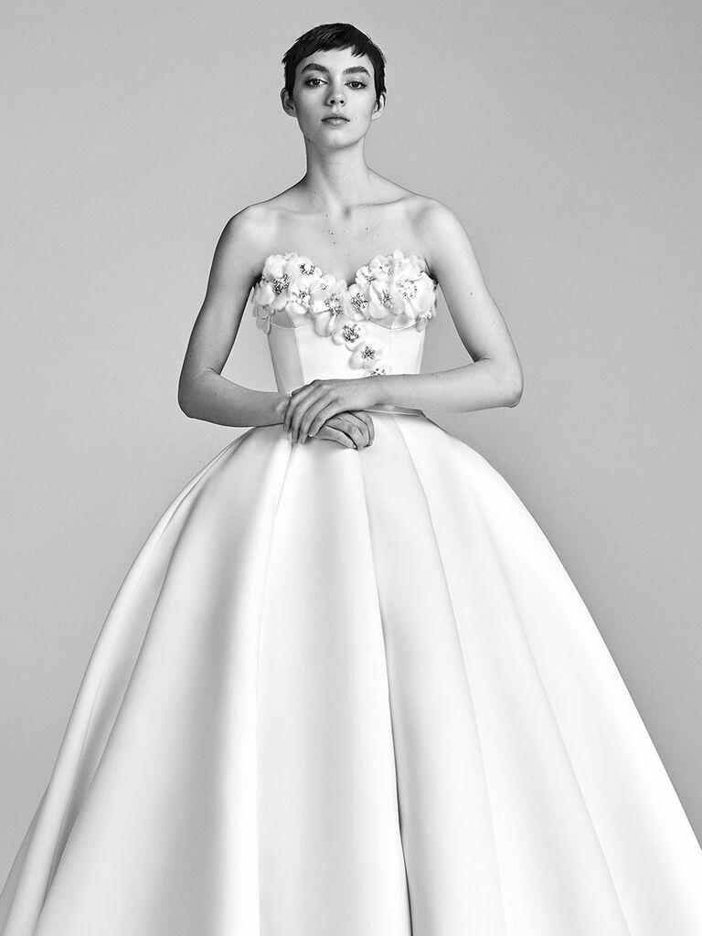 ec50875ace9 Viktor   Rolf Spring 2018 Collection  Bridal Fashion Week Photos