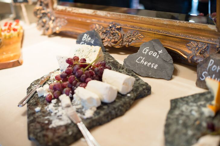 Various cheeses and fruits were offered to guests during the cocktail hour.