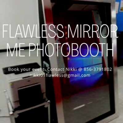 Flawless Mirror Me Photo Booth