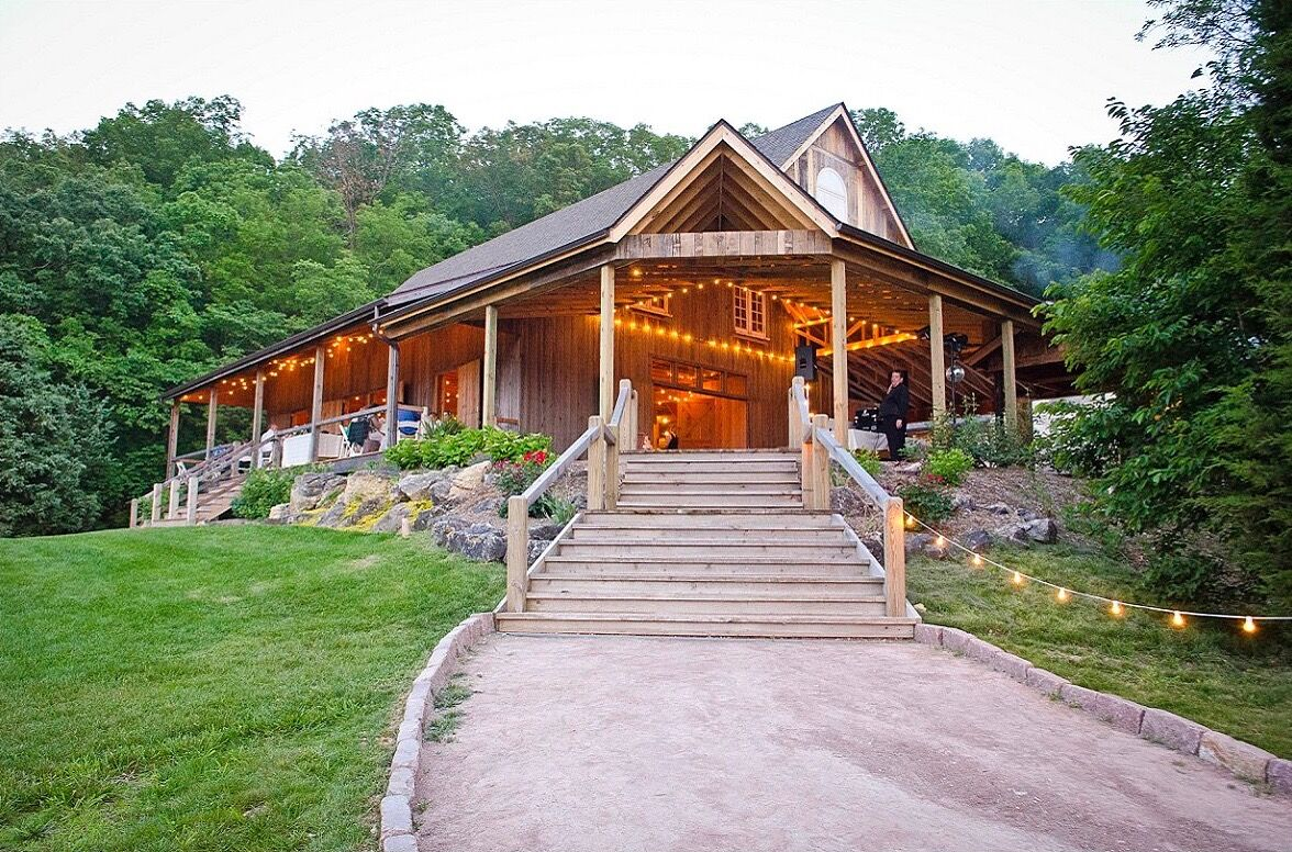 Wedding reception venues in st louis mo the knot chaumette vineyards winery junglespirit Image collections