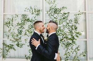 Couple Shares First Kiss at Wedding Ceremony in Texas