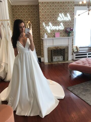 Lovely Bride Rochester Bridal Salons Victor Ny