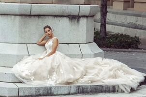 Bridal salons in denver co the knot for Wedding dress dry cleaning denver