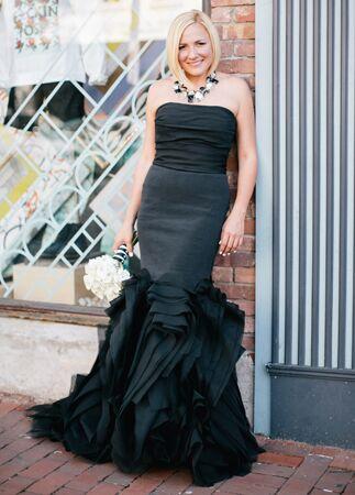 Brides who didn't wear heels |Emily Wren Weddings | blog.theknot.com
