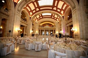 Wedding reception venues in cleveland oh the knot the old courthouse junglespirit Images