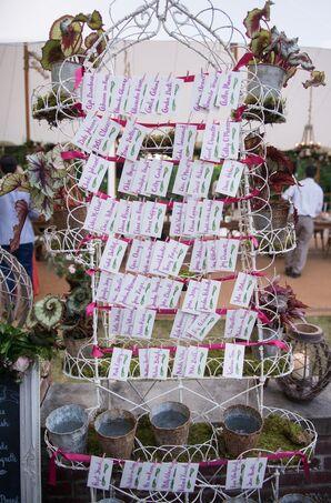 Garden Trellis Escort Card Display