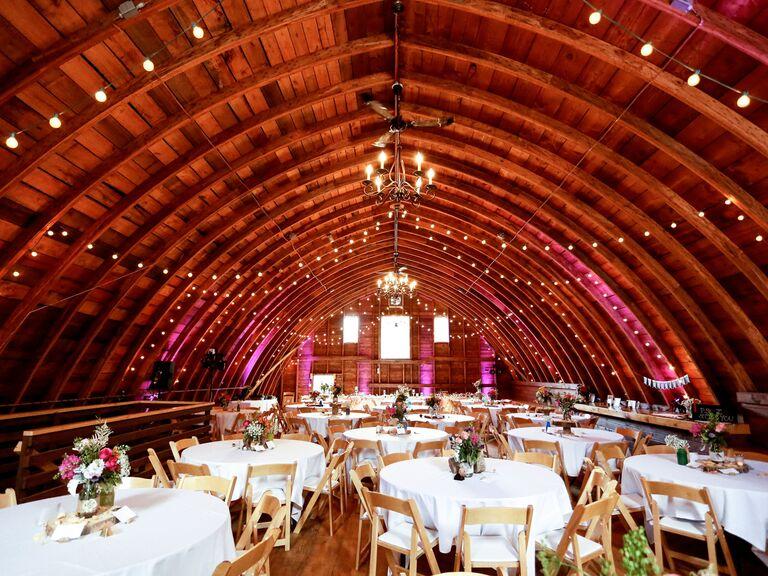 10 Gorgeous Barn Wedding Venues in Minnesota
