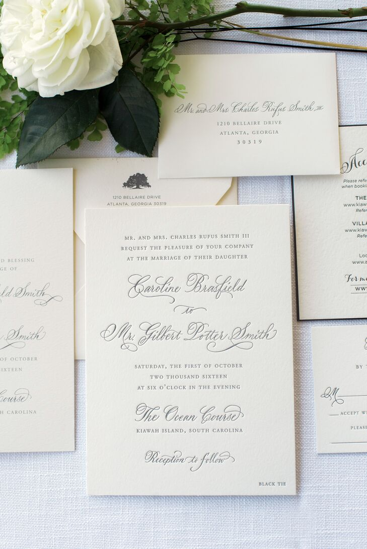 The couple's classic invitation suite took inspiration from Kiawah Island Golf Resort's 100-year-old oak trees.