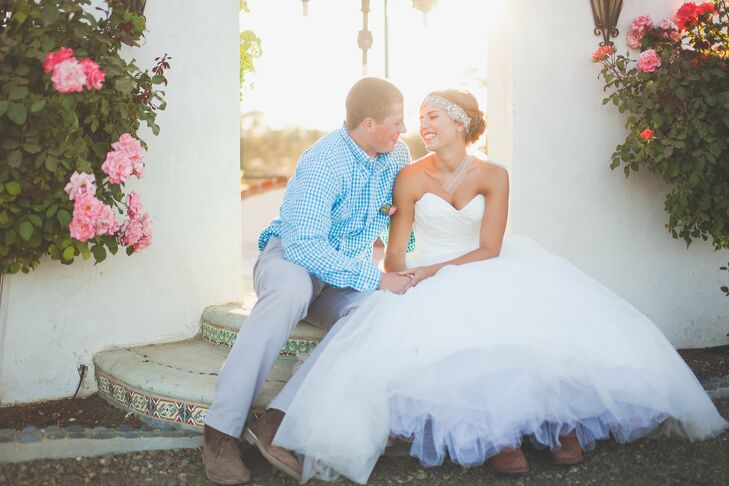 Lauren and Tom exchanged vows in a bright, rustic ceremony and reception at Lauren's family home in Paso Robles, CA. The couple combined a cheerful co