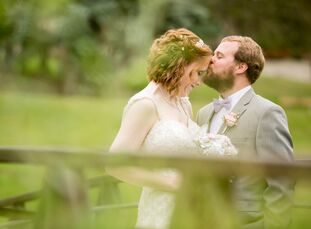 When Katie Bockhaus (29 and a recreation therapist) and Nicholas Seaton (34 and a research associate at the University of Minnesota) began planning th