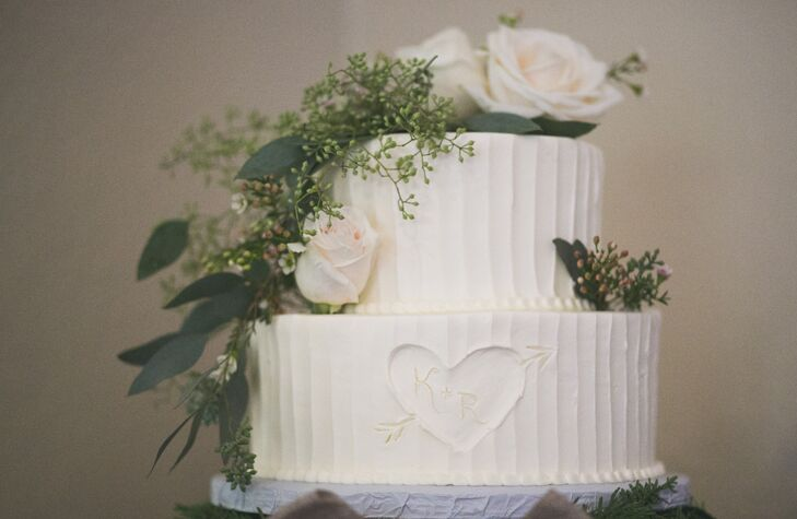 The couple asked their guests to guess the flavor of their cake (honey and lavender!) to win a prize.