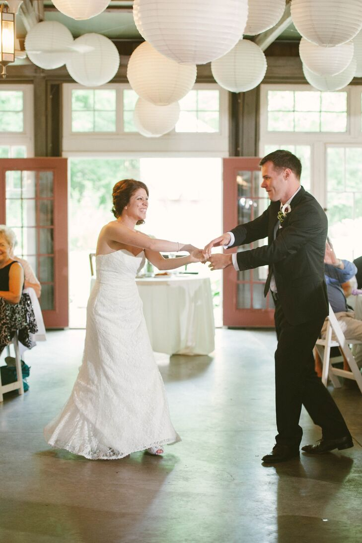 Katie and Garret picked lively tunes to ensure an upbeat atmosphere throughout the reception.