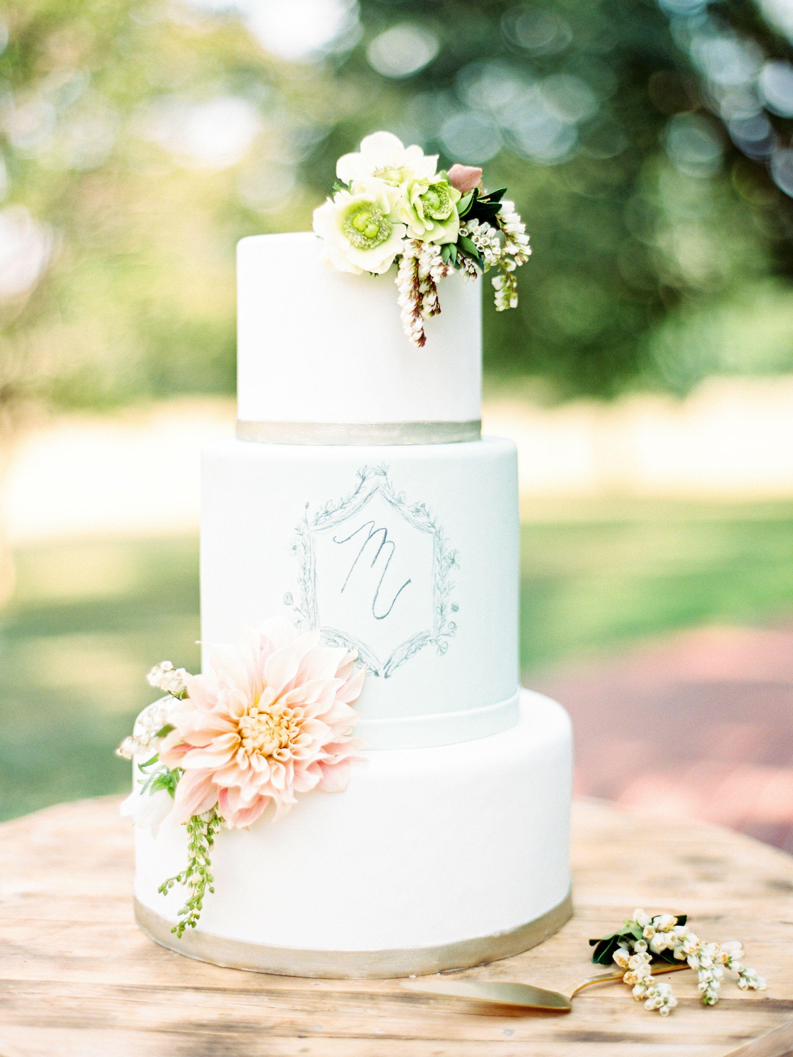 Wedding Cake Bakeries in Hurst, TX - The Knot