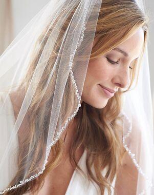 Dareth Colburn Julia Pearl & Crystal Veil (VB-5006) Ivory Veil
