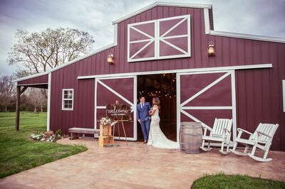 Barn Wedding Venues in Angleton, TX - The Knot