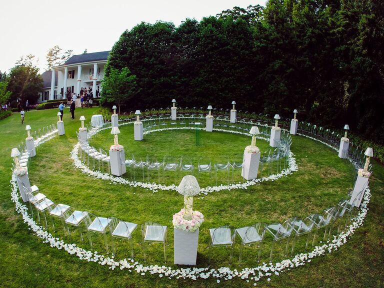 spiral outdoor ceremony seating