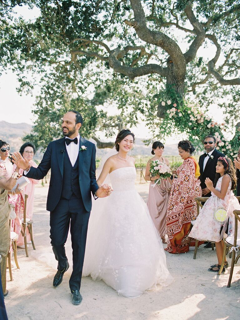 What to Wear at a Vineyard Wedding