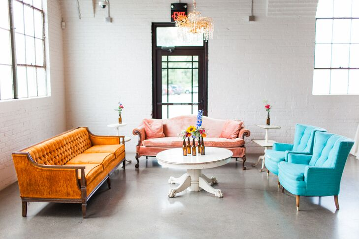 Colorful Cocktail Area with Vintage Lounge Furniture