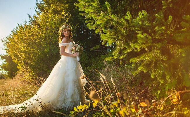 Audrey Roloff poses in her wedding dress