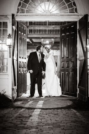 Historic Inn Winter Wedding