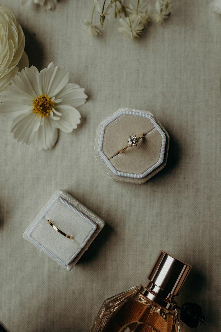 Wedding Rings in Neutral Velvet Boxes