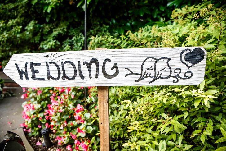 Gray Wooden Wedding Sign with Two Birds