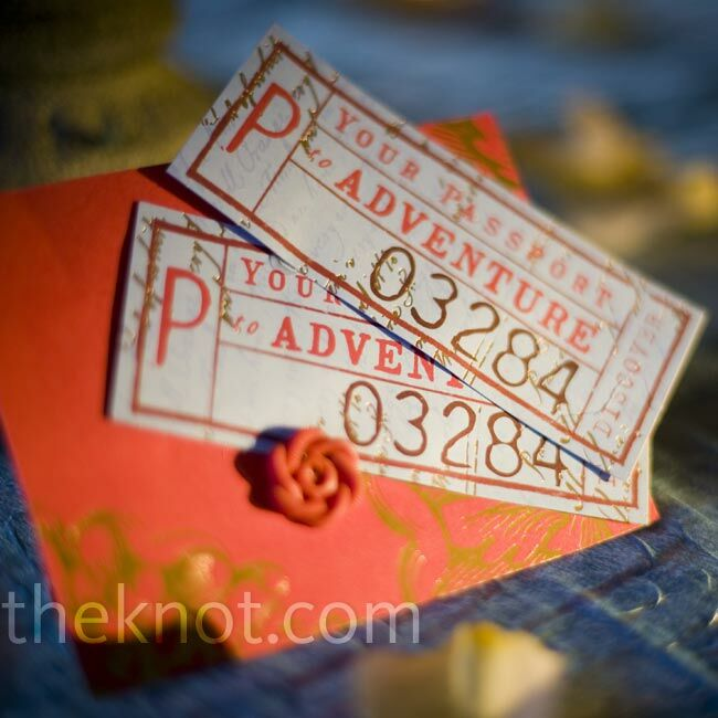 Instead of favors, Harley and Duane handmade cute cards adorned with antique buttons, letting guests know they had made donations to two charities for animals in need.