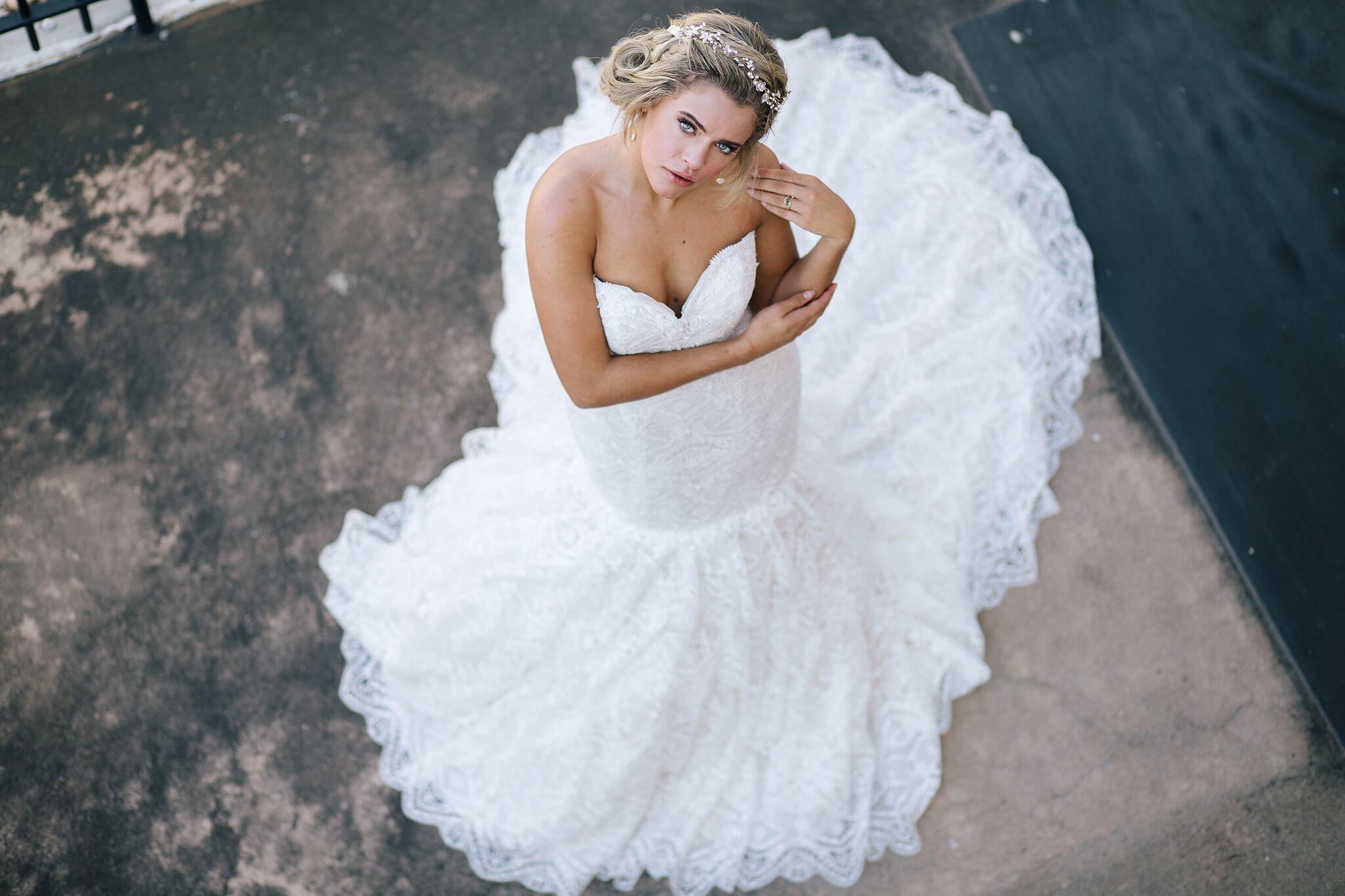 Wedding Photographers - Round