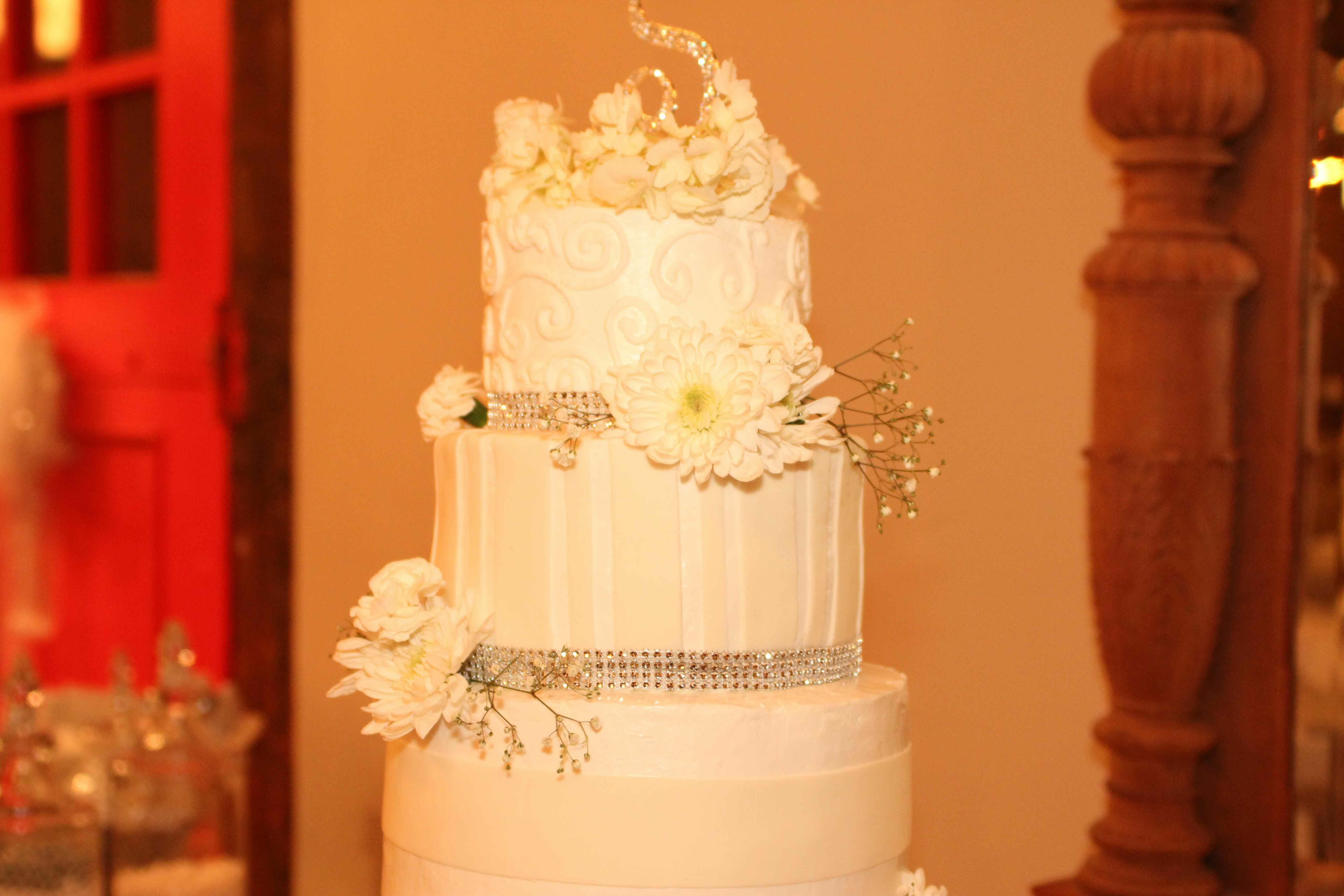 Flowers And Ribbons Wedding Cakes Overland Park Ks