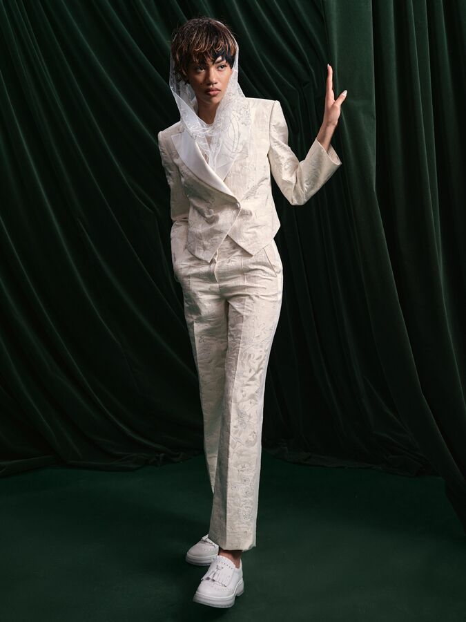 Wiederhoeft floral jacquard cropped tuxedo jacket and trousers