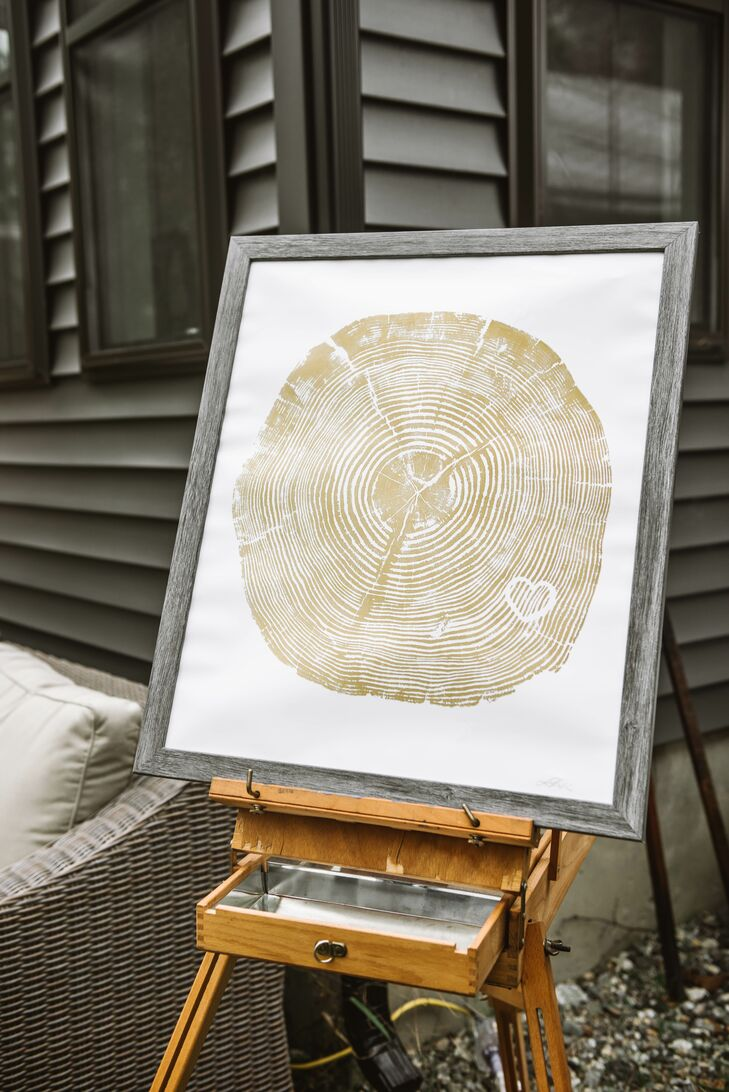 Personalized and Rustic Woodgrain Artwork at Reception