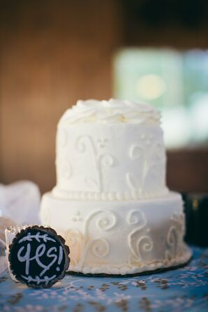 Round, Iced Wedding Cake with Piping