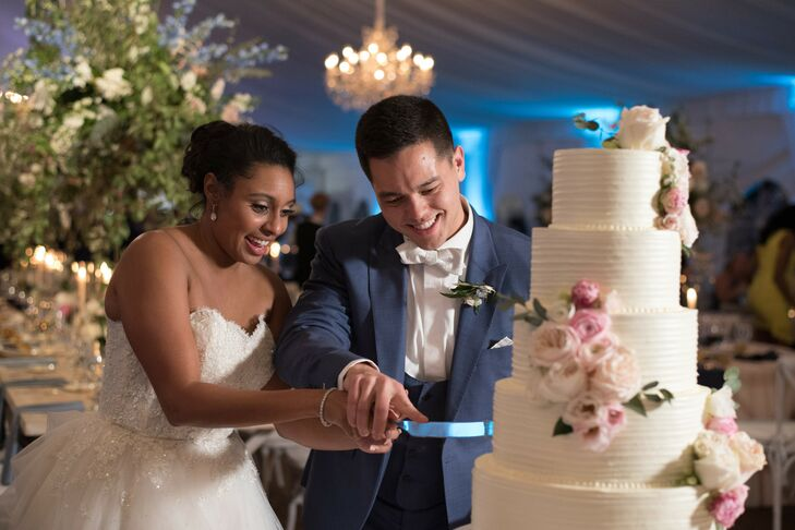 Elegant Couple and Traditional Cake Cutting