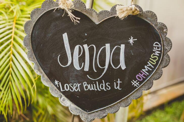 20 creative ways to display your wedding hashtag