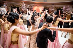 Traditional Indian Dancing at Reception